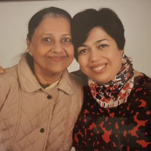 Reshma and her mother smiling