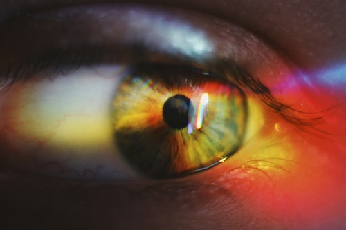 Contact Lenses: Dos & Dont's