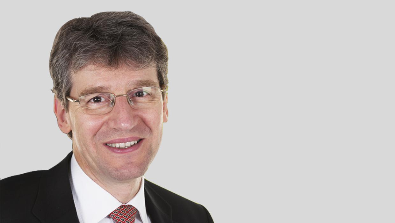 Medstars In Their Eyes | Mr Bruce Richard | Consultant Plastic Surgeon in Birmingham